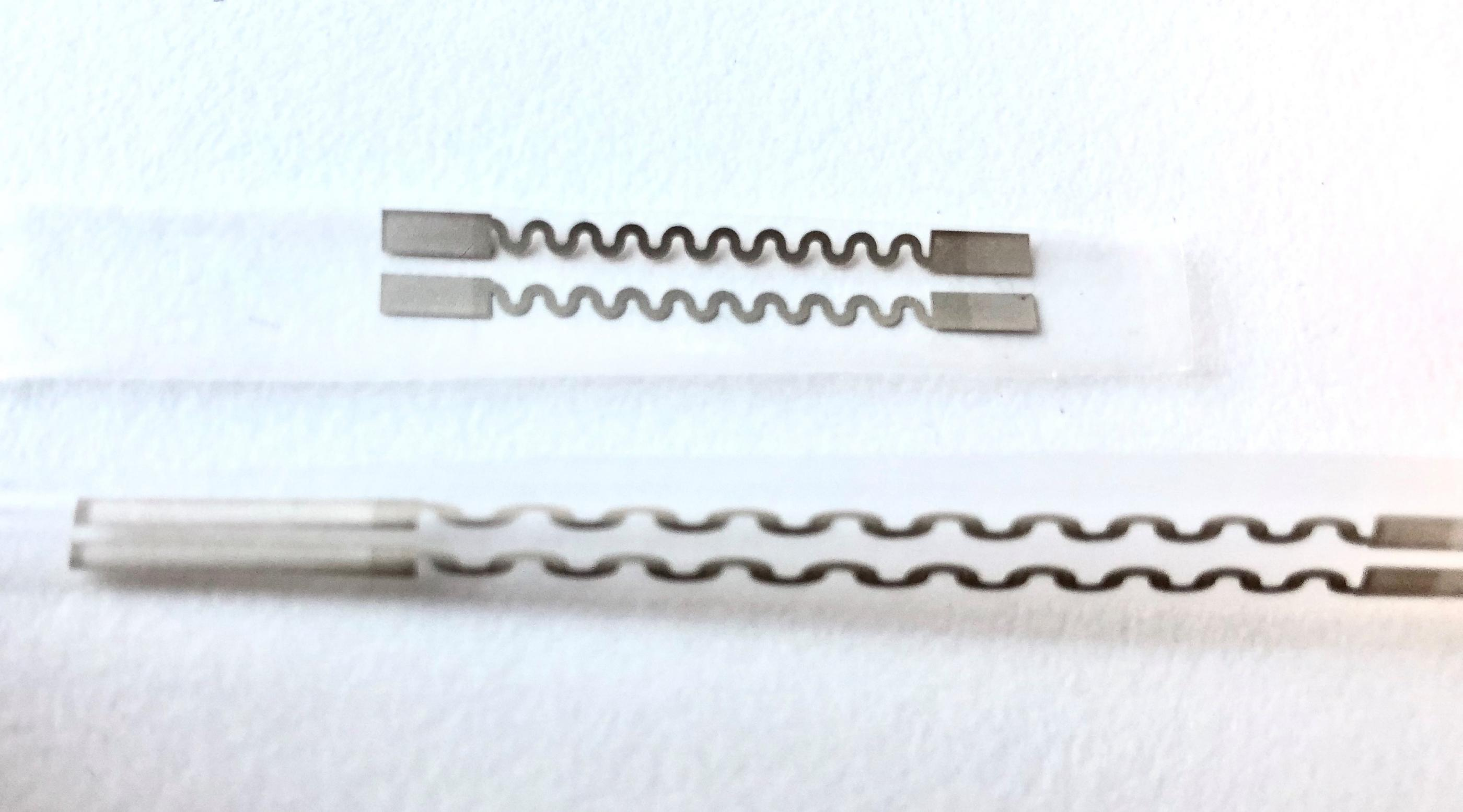 Example of screen-printed stretchable conductors